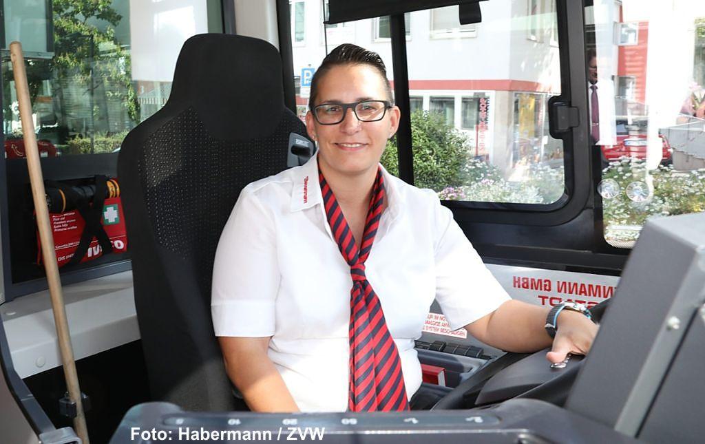 Sabrina Hausmann ist Busfahrerin des Jahres 2018 im Rems-Murr-Kreis