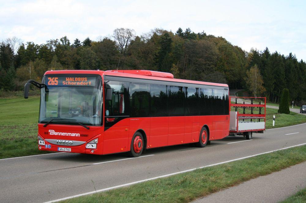 Ab sofort fahren unsere Freizeitbusse wieder mit Fahrradanhänger